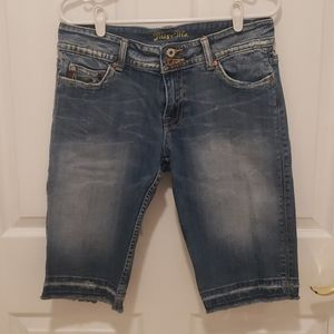 Miss Me crop denim pants